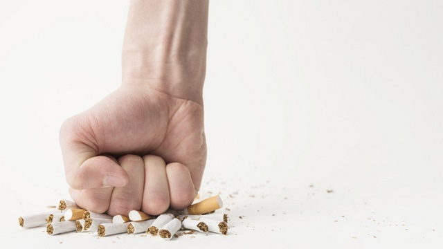 Không hút thuốc lá, thay đổi lối sống lành mạnh để nâng cao sức khỏe, ngăn ngừa bệnh tật