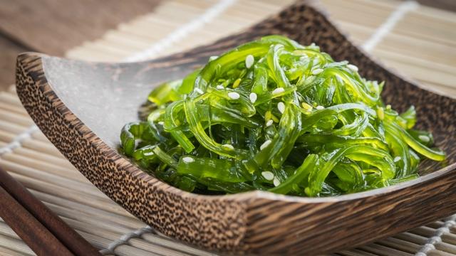 Rong biển được thêm vào các bữa ăn hằng ngày của người dân từ nhiều thế kỷ